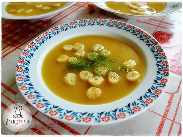 Aksamitna zupa cukiniowa