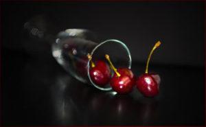 nalewka z wiśni z pestkami